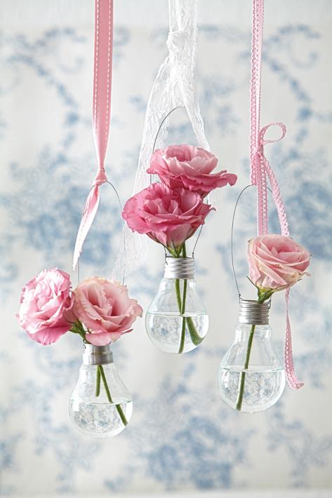 ваза из лампочек.jpg