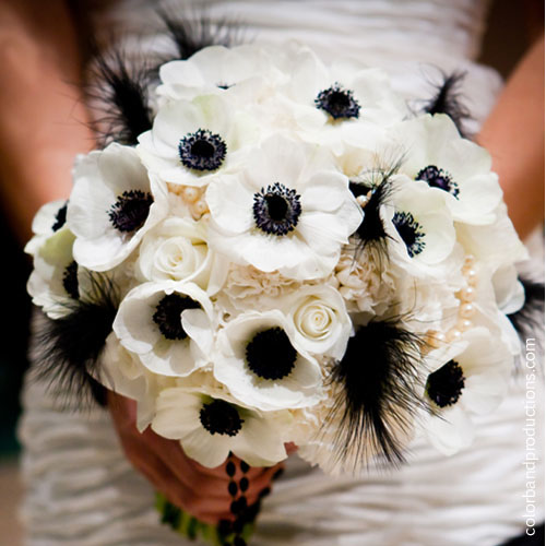 Black-and-white-bouquet.jpg