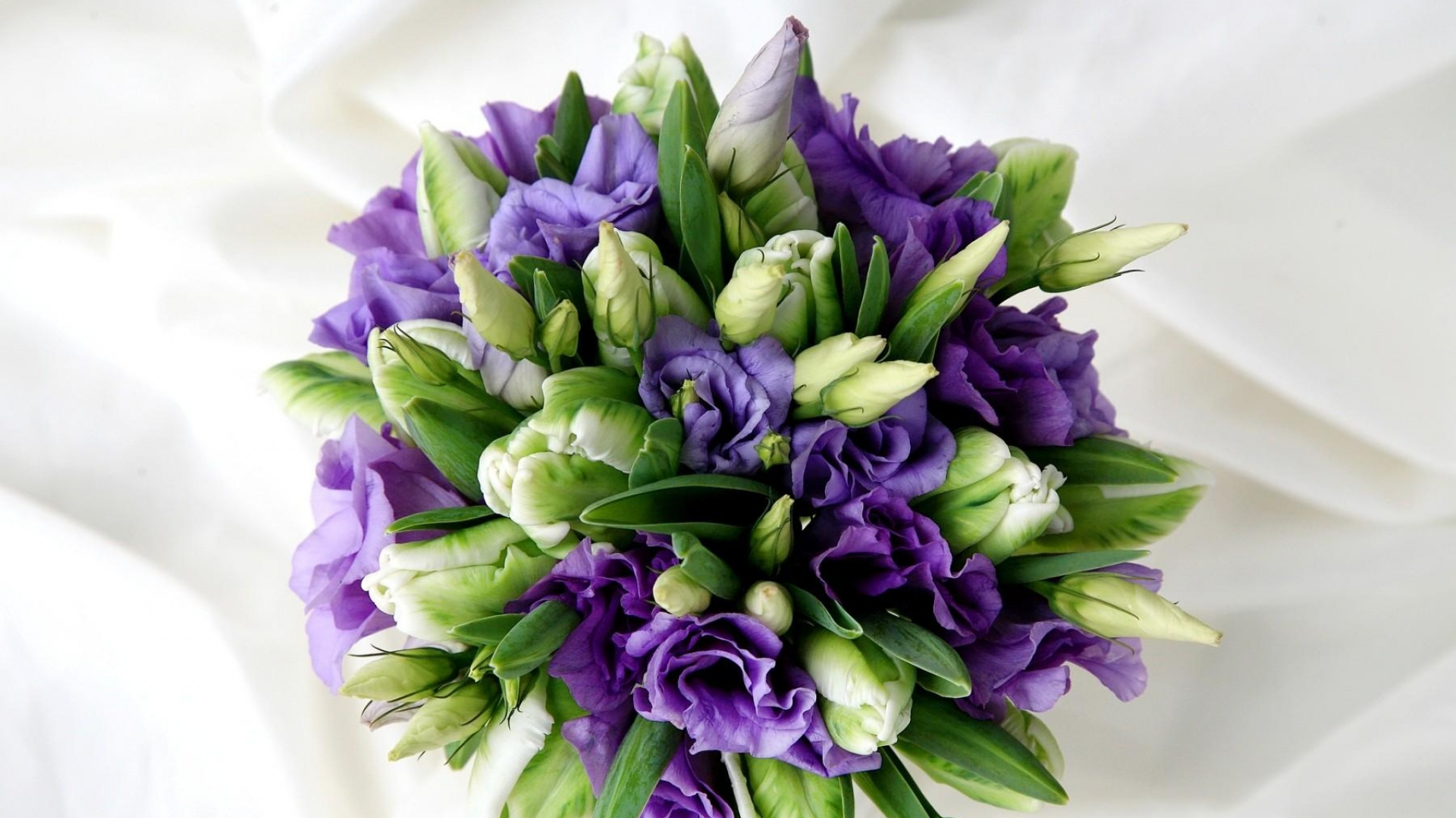 russell-lisianthus-tulips-flowers-bouquet-decoration-1920x1080.jpg