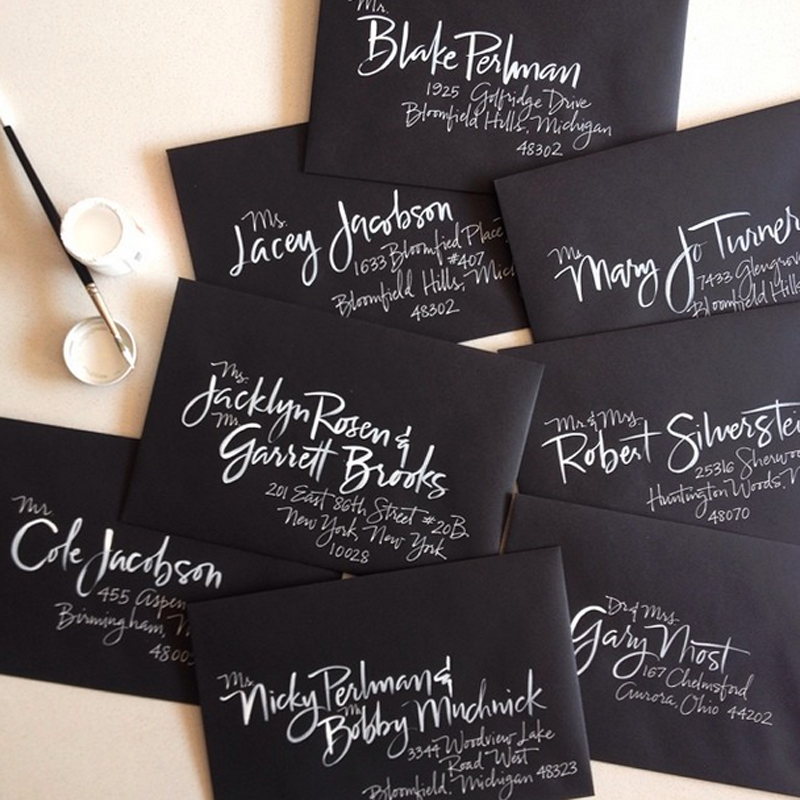 2015-wedding-trends-decor-calligraphy-address-labels[1].jpg