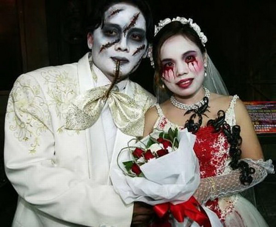 gothic-twist-their-wedding-have-put-together-some-hatty-options-2573483.jpg
